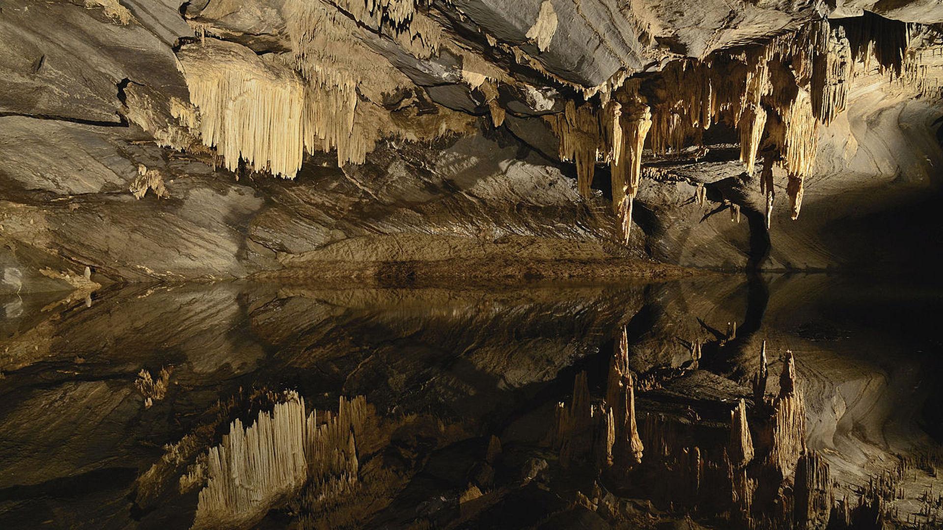 Grotten in de Ardennen