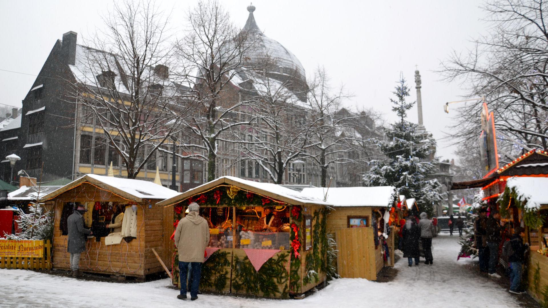 Kerstmarkt In Luik Oudste Kerstmarkt Van Belgie Ardennen Nl