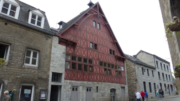 Museum voor moderne en hedendaagse kunst in Durbuy