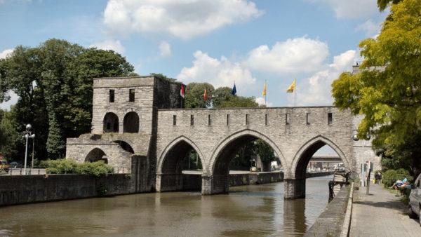 Pont des Trous in Doornik