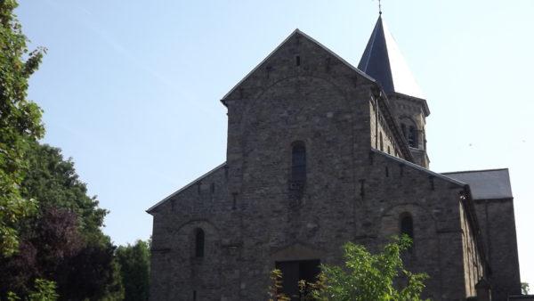 Saints-Pierre-et-Paul Kerk in Nandrin