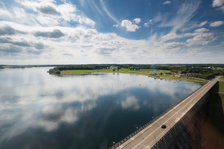 De grote dam ©Le-Crocodile-Rouge