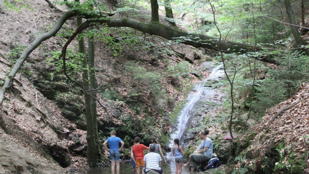 ninglinspo wandeling mooie waterval