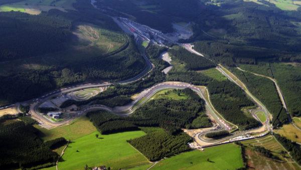 zelf-racen-op-het-Circuit-van-Spa-Francorchamps