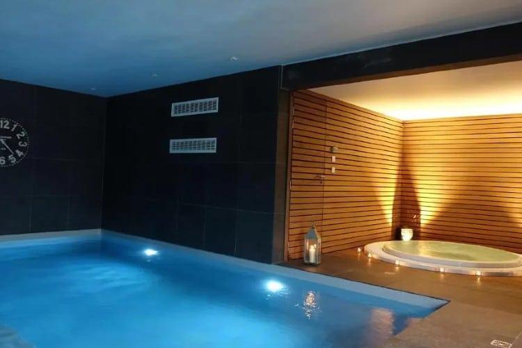 Zwembad en hot tub Hotel Panorama