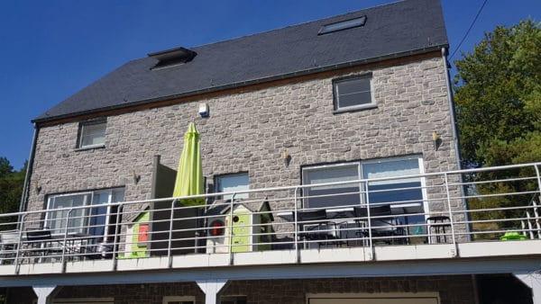 Heerlijk vakantiehuis in Treignes met fantastisch uitzicht