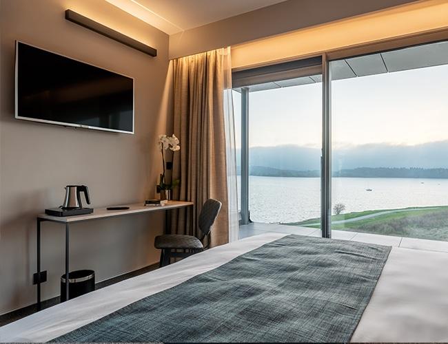 Luxe Studio Golden Lakes Hotel