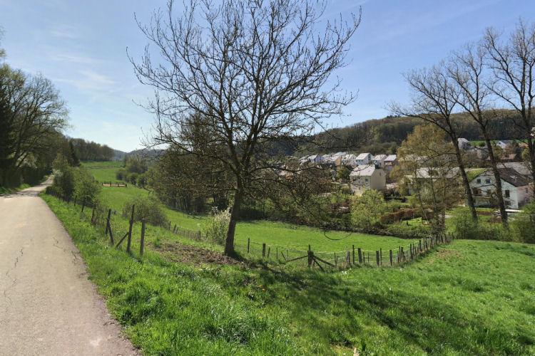 Mooi uitzicht op het dorp Eischen