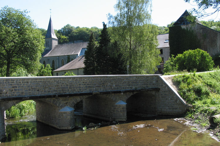 Lompret aan de rivier