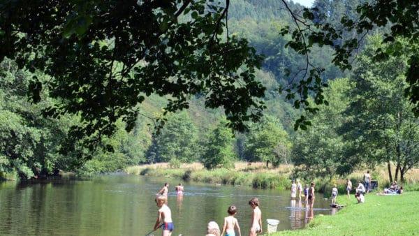 Zwemmen in de Ourthe bij Maboge-Plage