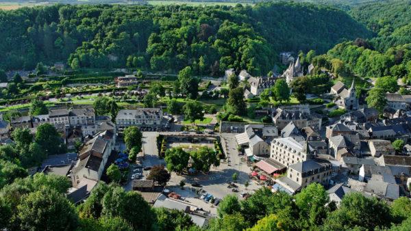 Uitzicht op Durbuy vanaf de Belvedere